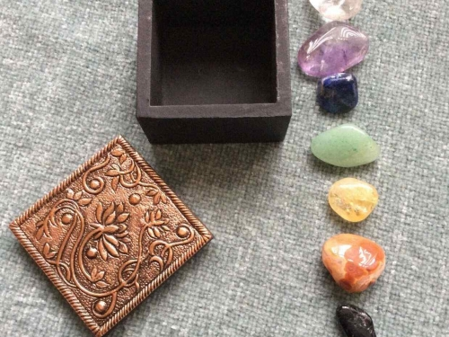 Copper Embossed Trinket Box with Healing Chakra Crystals Set